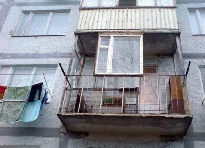Странные балконы