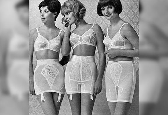 ретро-реклама женского белья